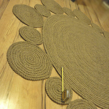 6 ft ( 182 cm ) Playful Round Rug by natural jute