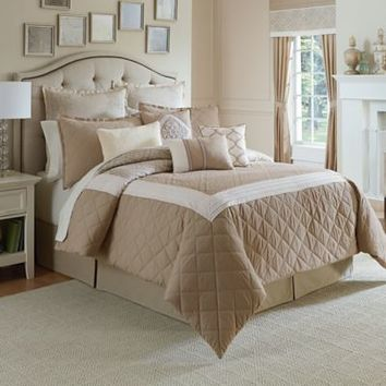 Winslet Comforter Set in Tan