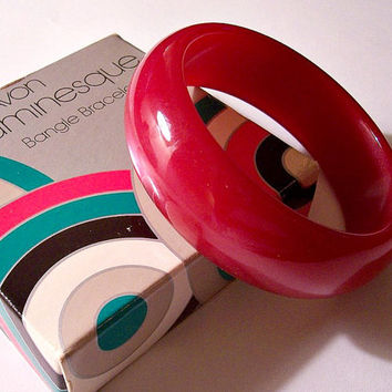 Red Cherry Moonglow Bracelet Bangle Vintage Avon 1977 Luminesque Lucite Wide Round Domed Band