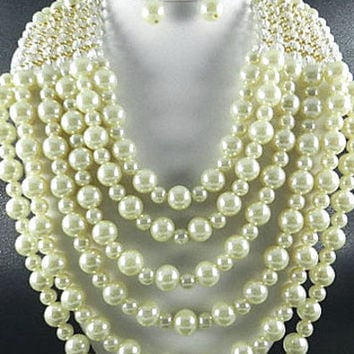 FASHION GOLD PLATED METAL 6LAYERED CHUNKY PEARL BEADS NECKLACE SET