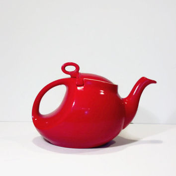 Vintage Hall Teapot in Red, Mid Century Collectible