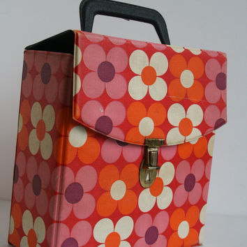 "Retro vinyl carrier case, 7"" record box flower power vintage '45s Mod Teen Dance Party carry pop '50s '60s '70s red orange polka dot"