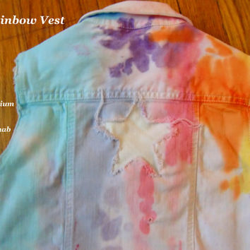 The Rainbow Vest. Jean Denim Vest for Summer, kids size Medium. Gap. Spring Summer Adorable Trendy Colorful Sweet Stylish Fashion