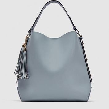 BUCKET BAG WITH TASSEL DETAILDETAILS