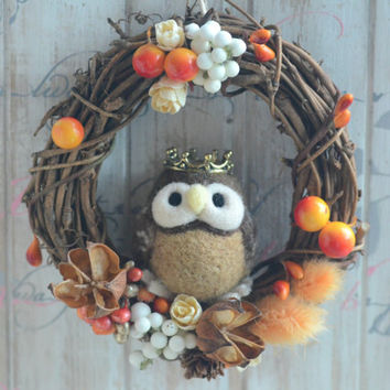 Owl doll wreath, needle felt owl dry flower wreath, owl home decor ornament, woodland fall winter wreath, holidays ornament, gift under 30