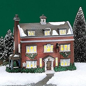 """Department 56 """"Gad's Hill Place"""" Retired Dickens Village"""