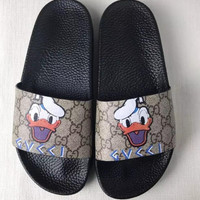 GUCCI Men and women couples print word sandals Slipper Shoes