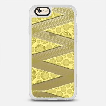 Spirograph Yellow iPhone 6s case by Alice Gosling | Casetify