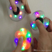 LED Light Hand Spinners Fidget Spinner Top Quality Triangle Finger Spinning Top Colorful Decompression Fingers Tip Tops Toys LED Flash Light