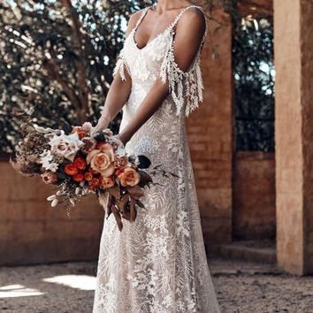 Chic White Secret Garden Embroidery Lace Wedding Party Dress