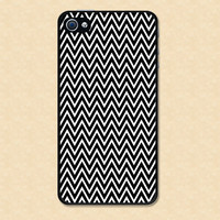 Iphone case Chevron Black and White Iphone 4 case cool awesome Iphone 4s case &