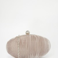 Vintage Styler Pleated Oval Clutch Bag
