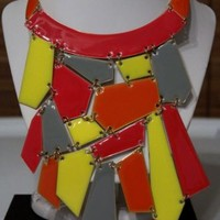 LARGE CHUNKY SHATTERED GLASS STATEMENT BIB WOMENS NECKLACE MULTI NEON GOLD