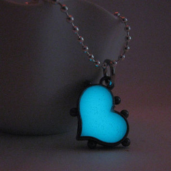 Glow in the Dark Heart Necklace , Silver Finish, Turqouise Aqua Glow , Steampunk style, Unique Gift