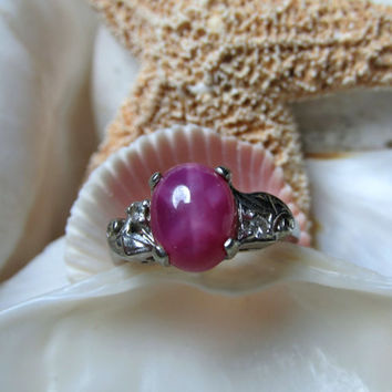 10k Star Ruby and Diamond Ring 2.8g Size 5.5