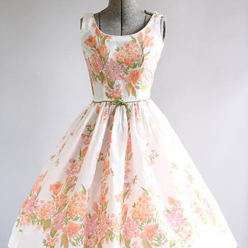 BIRTHDAY SALE... Vintage 1950s Dress / 50s Cotton Dress / Youth Fair Juniors Pink and Apricot Floral Border Print Dress XXS