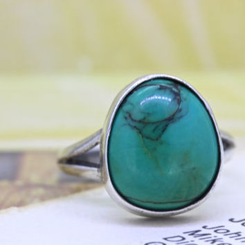 Vintage Turquoise Ring | Silver Bezel Set Solitaire Ring | Green Gemstone Engagement Ring | 1970s Boho Stacking Ring | Size 4.5