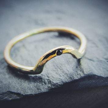 Curved Wedding Band Sapphire Solid 14K Rose Gold Yellow Golde White Gold Rustic Minimal Simple Dainty Hand Forged Made to Order