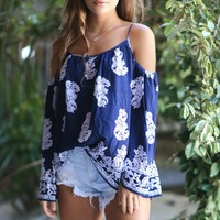 Arrow Point Printed Cold Shoulder Top