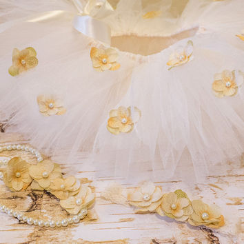 Ivory Cream Full Tutu w Flowers, Necklace, Headband and Bracelet Hydrangea Outfit Set, First Birthday Outfit Photo Prop Wedding Flower Girl