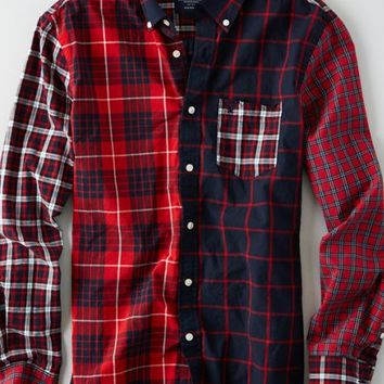 AEO Men's Colorblock Plaid Button Down Shirt (Red)
