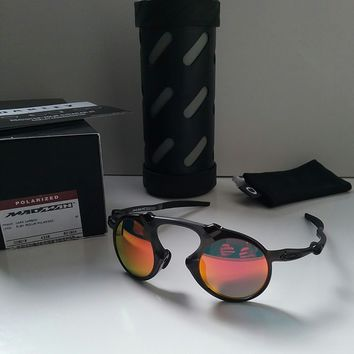 New OAKLEY MADMAN CARBON w/ RUBY Iridium POLARIZED Sunglasses badman mars juliet