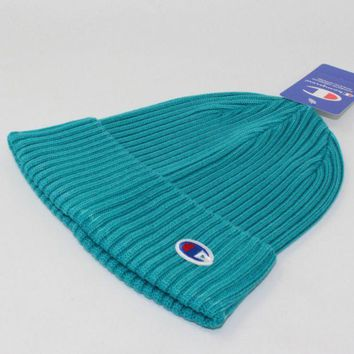 DCCKN6V Champion Fashion Winter Purple Color Embroidery Men And Women Couples Knitted Hats Green G