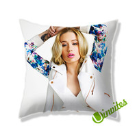 Iggy Azalea Square Pillow Cover