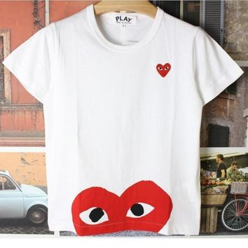 T-shirt of big red heart T-shirt PLAY the short sleeve cotton round collar top