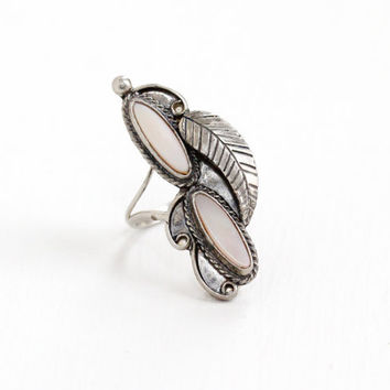 Vintage Sterling Silver Double Pink Mother of Pearl Ring - Sz. 7 1/4 Retro Southwestern Native American Style Leaf Studded Statement Jewelry