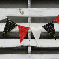 Christmas Fabric Pennant Banner, Christmas Bunting Banner, Pennant Flag Banner, Holiday Decor, Photo Prop, Christmas Garland