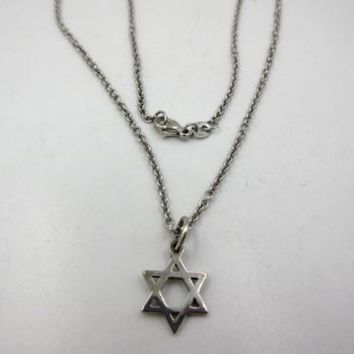 James Avery Sterling Silver Jewish Star of David Pendant Necklace Rare