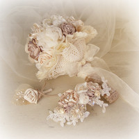 R2200 - Wedding bouquet - Ivory champagne and a hint of mauve - Bridal jewelled bouquet