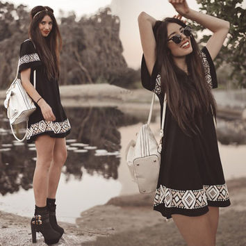 New Summer Womens Short Sleeved Tribal Print Dress Casual Loose Vintage Boho Beach Sun Dress T Shirt Clothing Party Vestidos Z2