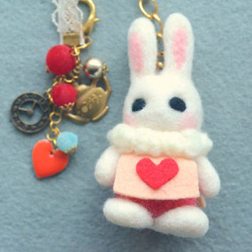 Needle felt white rabbit bag charm, handmade bunny doll handbag charm, bag accessories, Alice in Wonderland rabbit, gift under 30