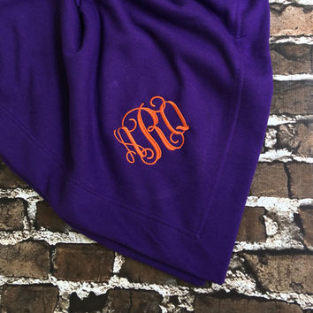 Monogram blanket, Monogrammed blanket, Personalized blanket, Monogrammed gifts, Graduation Gifts, Outdoor Wedding, Bridesmaid Gifts