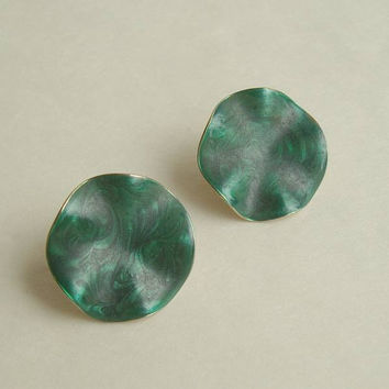 Avon Green Swirl Enamel Clip On Earrings