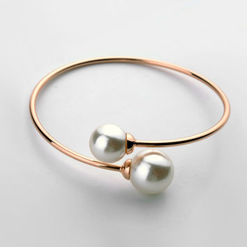 Uneven Simulated Pearl Open Bangle Bracelet