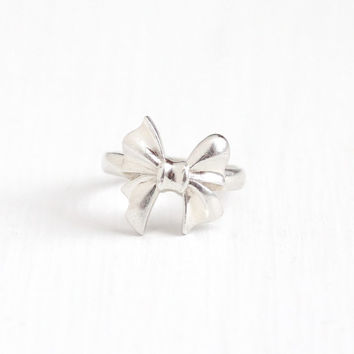 Estate Sterling Silver Bow Motif Ring - Sweet Vintage Size 5 1/2 Elegant Ribbon Symbolic Motif Of Love Union Beauty Jewelry