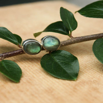 Green Labradorite 8mm Oval Sterling Silver Stud earring