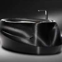 Corcel N°1 Carbon Fiber Luxury Bathtub | Carbon Fiber Gear