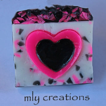 Pink Hearts Soap, Homemade Soap, hot pink, valentines soap, Glycerin Soap, Heart Soap, Natural Soap, Handmade Soaps,  valentines day decor