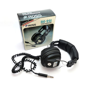 Retro 70's Stereo Headphones. Includes Original Packaging.