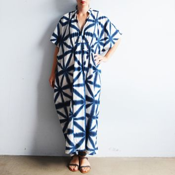 Shibori Kaftan in Indigo and White