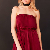 Silence + Noise Satin Strapless Tie-Waist Midi Dress - Urban Outfitters