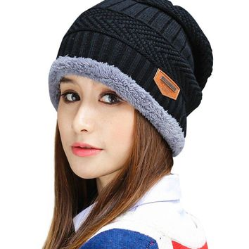 HINDAWI Womens Slouchy Beanie Winter Hat Knit Warm Snow Ski Skull Cap, Black