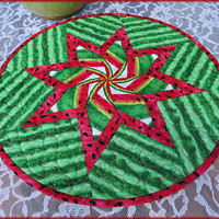 Quilted Watermelon Table Topper, Table Decor, Round Quilt, Kitchen Decor 829