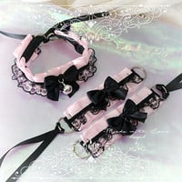 Kitten Pet Play Collar and Cuffs Set , Daddys Girl Costume Choker Necklace Baby Pink Black Lace Bow Bell Jewelry Fairy Kei pastel BDSM DDLG