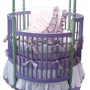 Lilac Dreams Round Crib