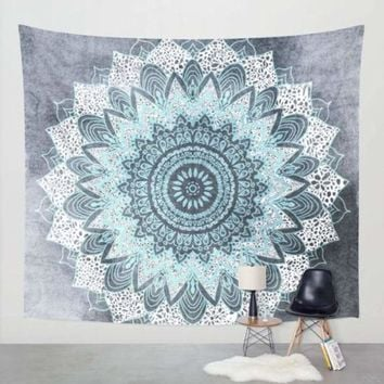 Indian Tapestry Wall Hanging Mandala Throw Hippie Bedspread Gypsy Ombre Blanket